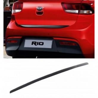 HYUNDAI i10, i20, i30, i40 - BLACK Rear Strip Trunk...