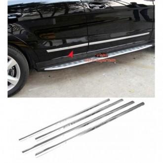 Toyota RAV4 IV 16 - Chrome side door trim