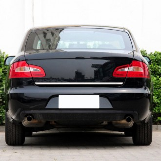 Skoda SUPERB II Sedan - CHROME Rear Strip Trunk Tuning Lid 3M Boot